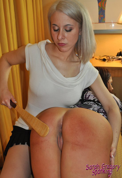 0129_yes_spankings_do _hurt_gal2-028