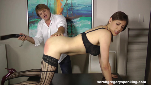 slacking_secretary_thrashed_00098