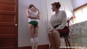 mommy_spanks_bianca_00028